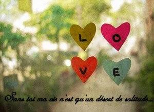 Quatre cœurs en papier love