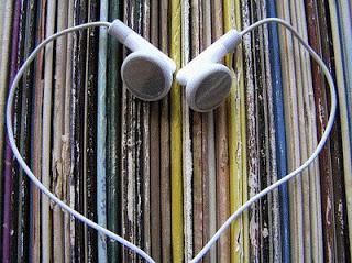 coeur d'amour former avec des écouteur