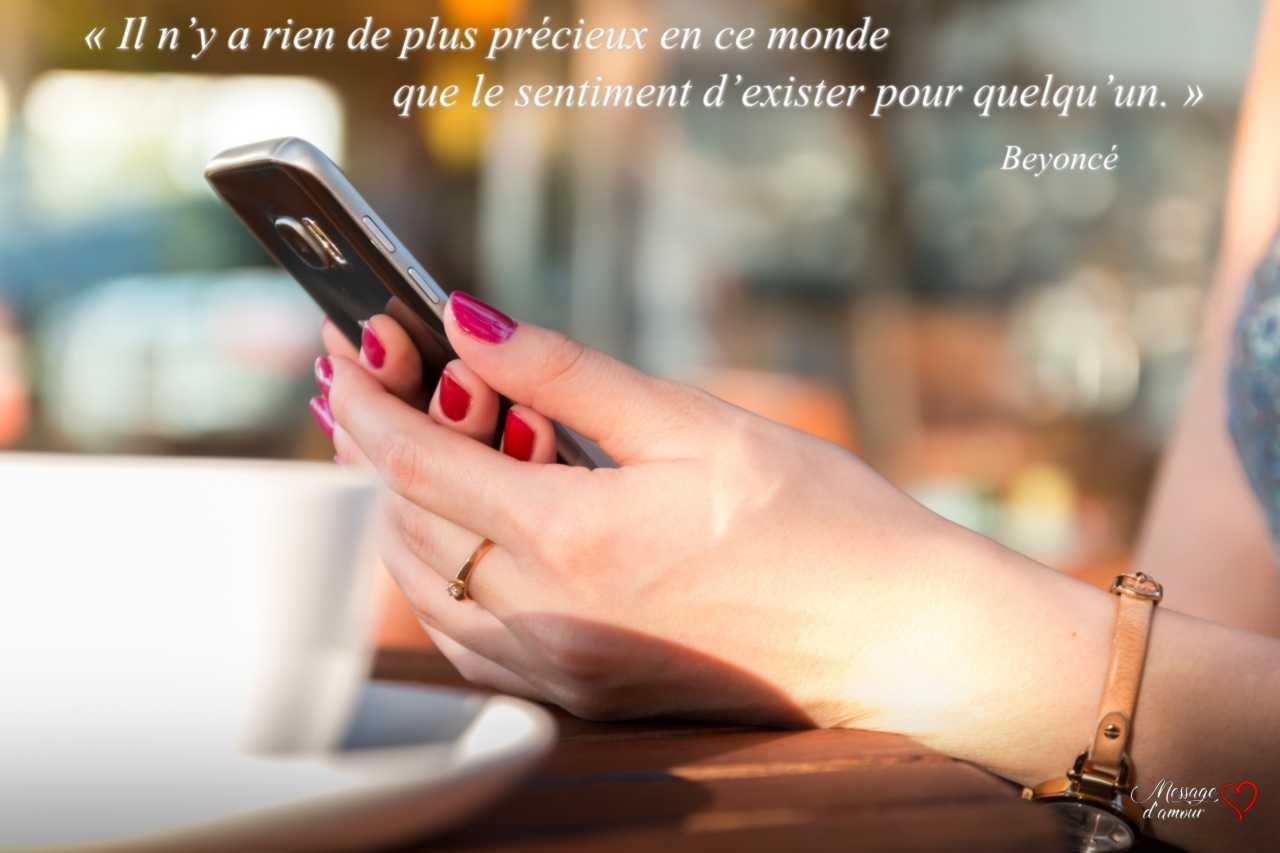 SMS d'amour tendre, mignon et poétique